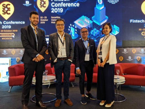 Co-Founder & CEO Investree, Adrian Gunadi, dan perwakilan dari Wahed Invest, Finalytix serta moderator dari Red Money di sesi Where Are All the Islamic Fintech Companies di SCxSC Fintech Conference 2019